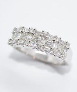 round & baguette diamond wedding band