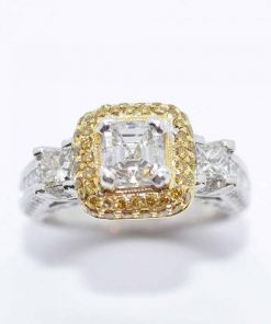 18k two tone diamond engaement ring