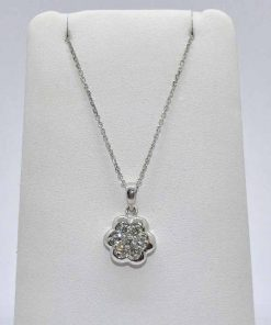 flower diamond pendant