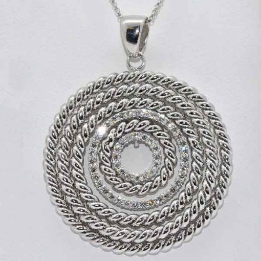Diamond Rope Circle Design Pendant