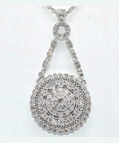 round diamond pedant