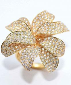 18k Yellow Gold Diamond Fashion Ring