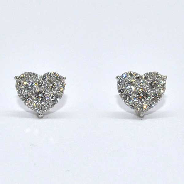18k White Gold Diamond Heart Shaped Stud Earrings 74 Ct